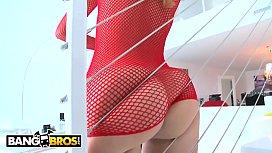 BANGBROS - Latina Jessie Rogers...