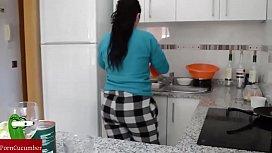 Teamwork: she cooks and...