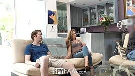 SpyFam Step sister Lena...