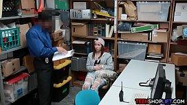 Amateur shoplifter teen busted...