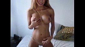 Sexy brunette monica cam...