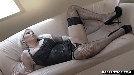 Solo dildo masturbation session with hot Jarushka Ross, in 4K