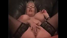 Amateur Mom Masturbates Her Hairy Pussy at MILFWebcamShow.com