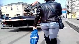 Sexy mom in yoga pants on sstreet friends mom by pool zxvipwxif