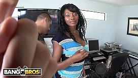 BANGBROS - Naomi Banxxx Drops...