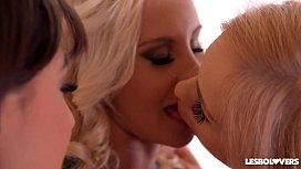 Lesbo lovers Helena Valentine...