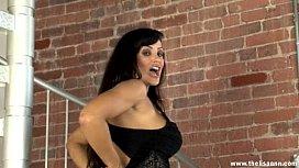 Lisa Ann Cock-tails...