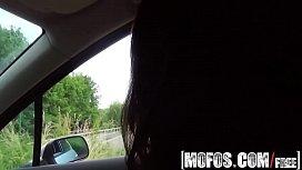 Mofos - Stranded Teens - Niki...