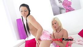 Taissia Shanti and Ria...