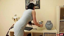 JOLEELOVE & MARYWET: DILDOEXPERIMENTE watch brazzers online