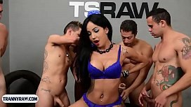 Latina tranny beauty with...