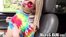 Mofos - Stranded Teens - Khloe...