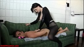 18 year old goth in pantyhose pegs a guy xxvi video 2017