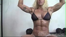 Sexy Blonde Female Bodybuilder...
