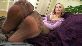 High Heels Nicole - Cum...