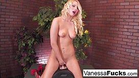 Sexy Vanessa Cage Decides...