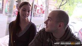 BoxTruckSex Amateur Couple Has...