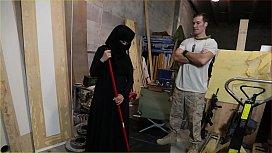 TOUR OF BOOTY - US Soldier Takes A Liking To Sexy Arab Servant xnxxu