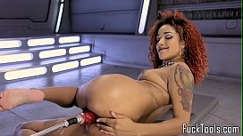 Inked ebony babe rubs...