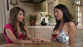 Reagan Foxx loves Ayumi...