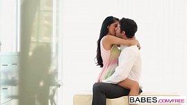 Babes - Abrasador starring Giovanni...