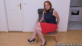 Euro milf Elisabeth loves...