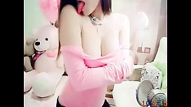 胸模漾漾的直播间 - 蜜桃儿华人视频直播第一站海量美女才艺展示FLV