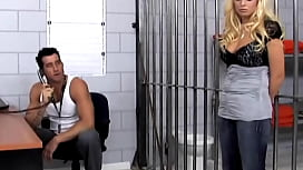 Bigtits blonde babe arrested...