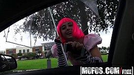 Mofos - Stranded Teens - Natalie...