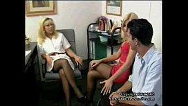 The sex Therapist michelle...
