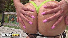 BANGBROS - Big Butt Latina...