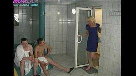 Zreloe porno-v-saune...