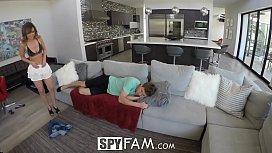 SpyFam Curious step sister...