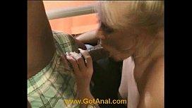 Amateur blond does 1st...
