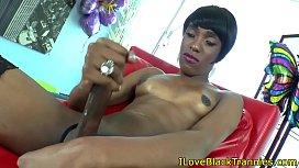 Nubian tgirl fingers her...