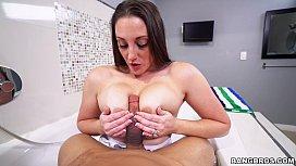 Melanie Hicks Showing Off...