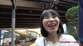 Innocent Thai girl creampied by Japanese man