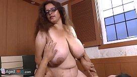 AgedLove Nice older brunette...
