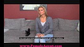 FemaleAgent Bisexual blonde beauty...