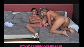 FemaleAgent Bisexual blonde beauty...