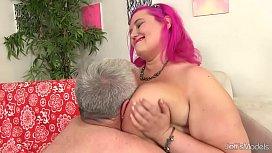 Fat Ass Sara Star...