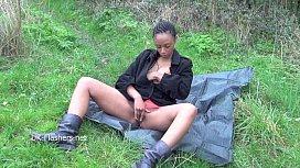 Ebony babe Michelles public...