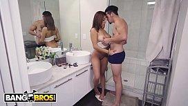 BANGBROS - Latina Teen Mia...