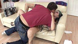 Kinky babysitter Nicole Malice...