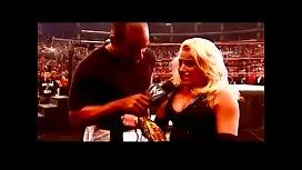 Victoria vs Trish Stratus Survivor Series 2002.