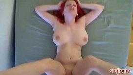 Amateur Pounded woman boob...