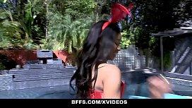 BFFS - Sluty Bestfriends SHare...