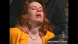 Redhead amateur Milf sucks...
