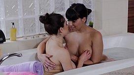 Busty lesbians Mercedes Carrera...