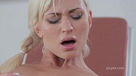 Dido Angel hot lesbian...